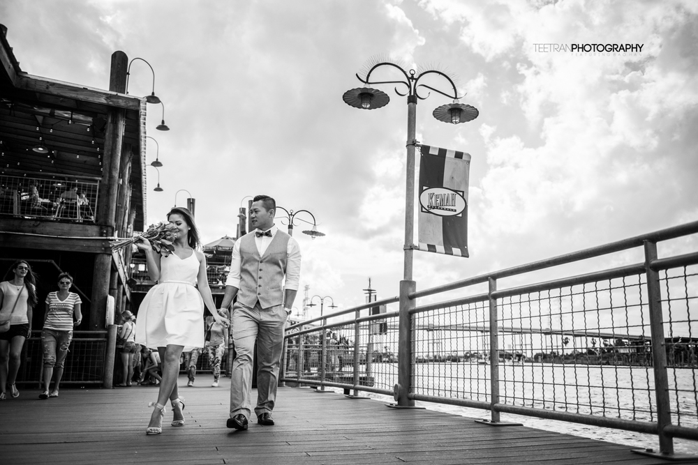 kemah-boardwalk-engagement-2.jpg