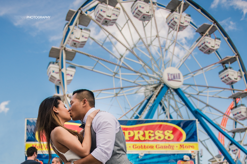kemah-boardwalk-engagement-4.jpg