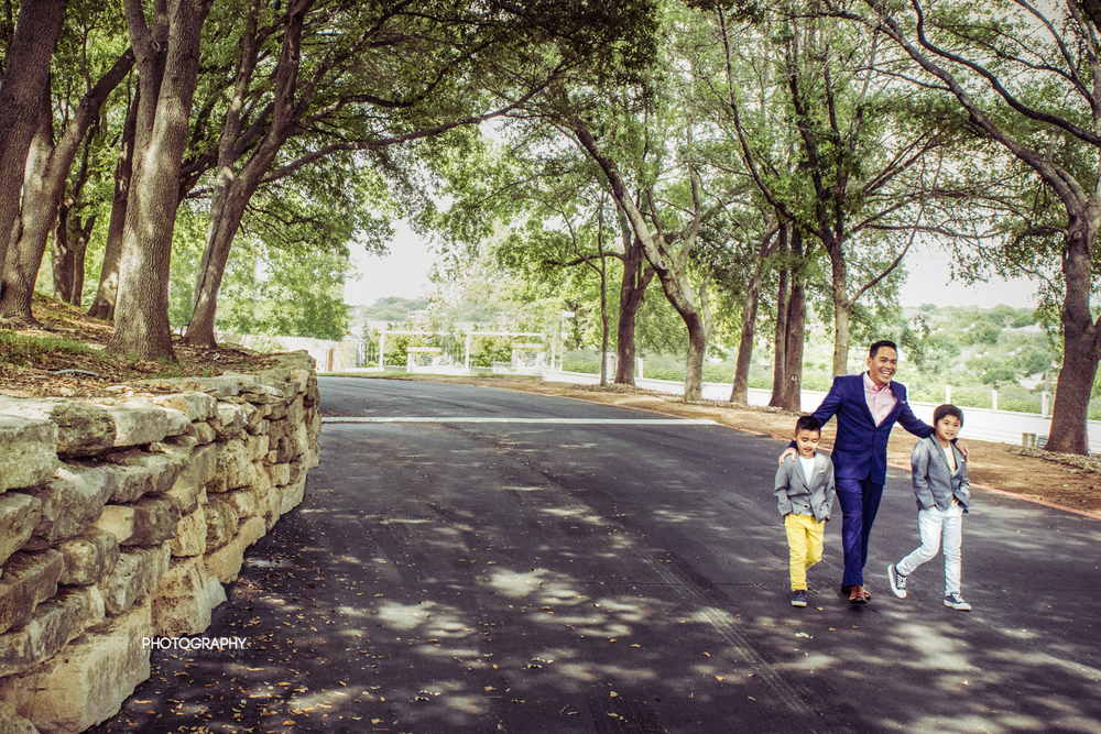 austin-lakeway-resort-family-2.jpg