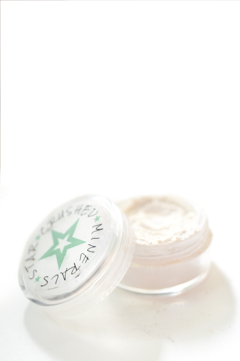 "Star Crushed Minerals Starbright Highlighter in ""Ice Queen"""