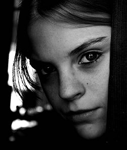 251px-Teen-Girl-Black-and-White-Portrait.jpg