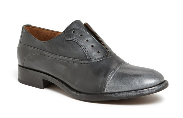 Kenneth Cole Ciao Ciao oxford. $149.95.Nordstrom.