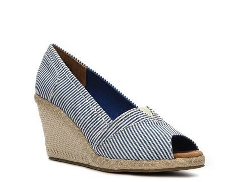 Wanted Anchor striped wedge pump. DSW. Compare at: $50. Now: $34.94.