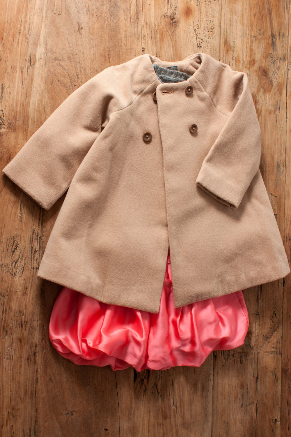 Includes Girls Crewcuts bubble skirt. Size: 2T $11.50