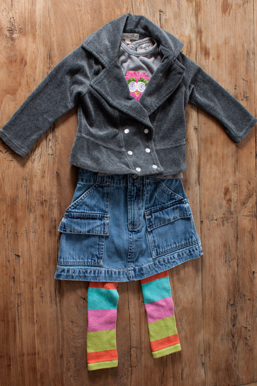 Image includes Girls Gap denim skirt. Size: 4 years. $6.50.