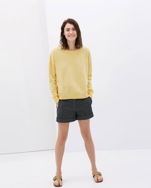 Washed denim shorts. Zara. $39.90