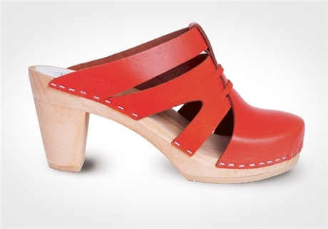 Maguba Paris Orange clog in the Mix of Orange Leather and Suede. Magma. $149.
