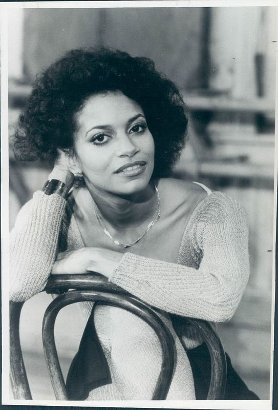 There's more to Debbie Allen than this photo. Give it up for the speech!