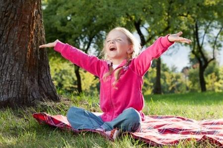 kids-yoga-brooklyn-spring-nature