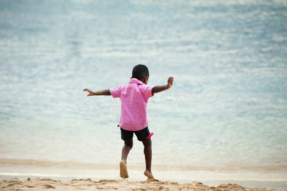 action-beach-boy-320037.jpg