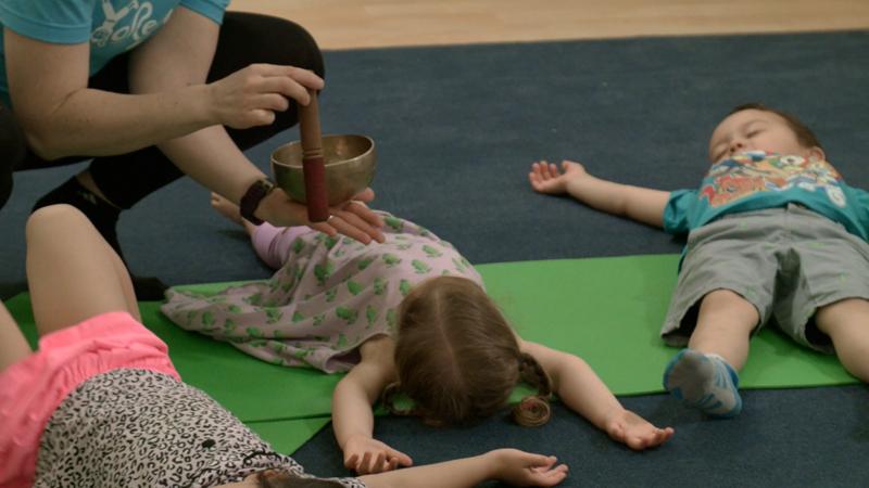 Class_Relaxation_yoga_kids.jpg