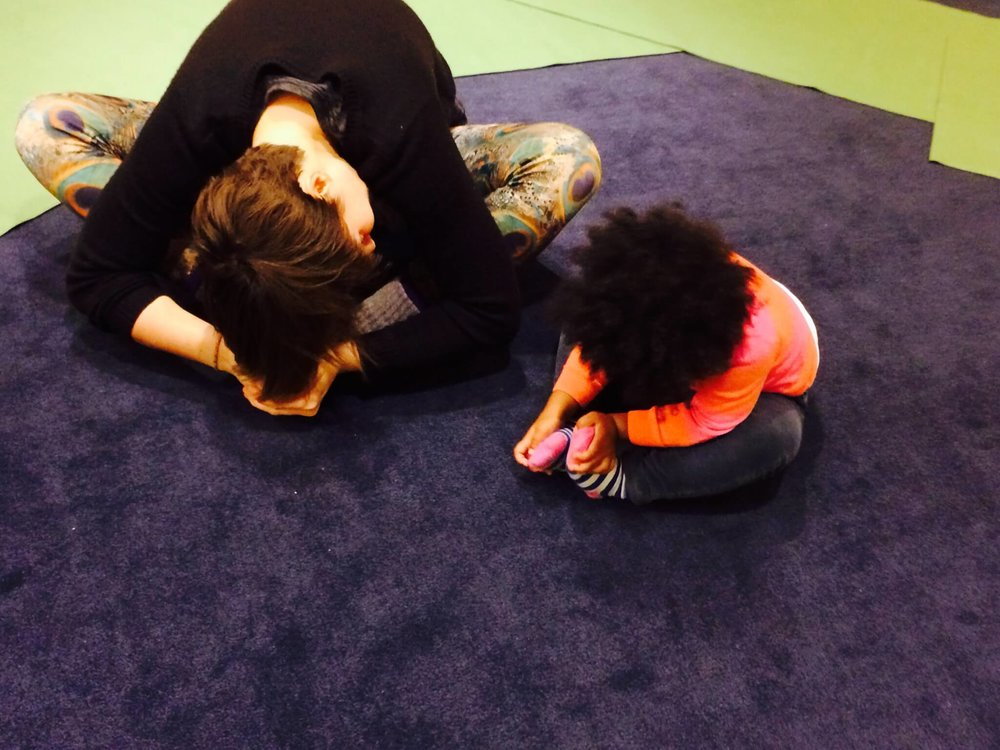Yoga benefits for kids and teachers - YRM