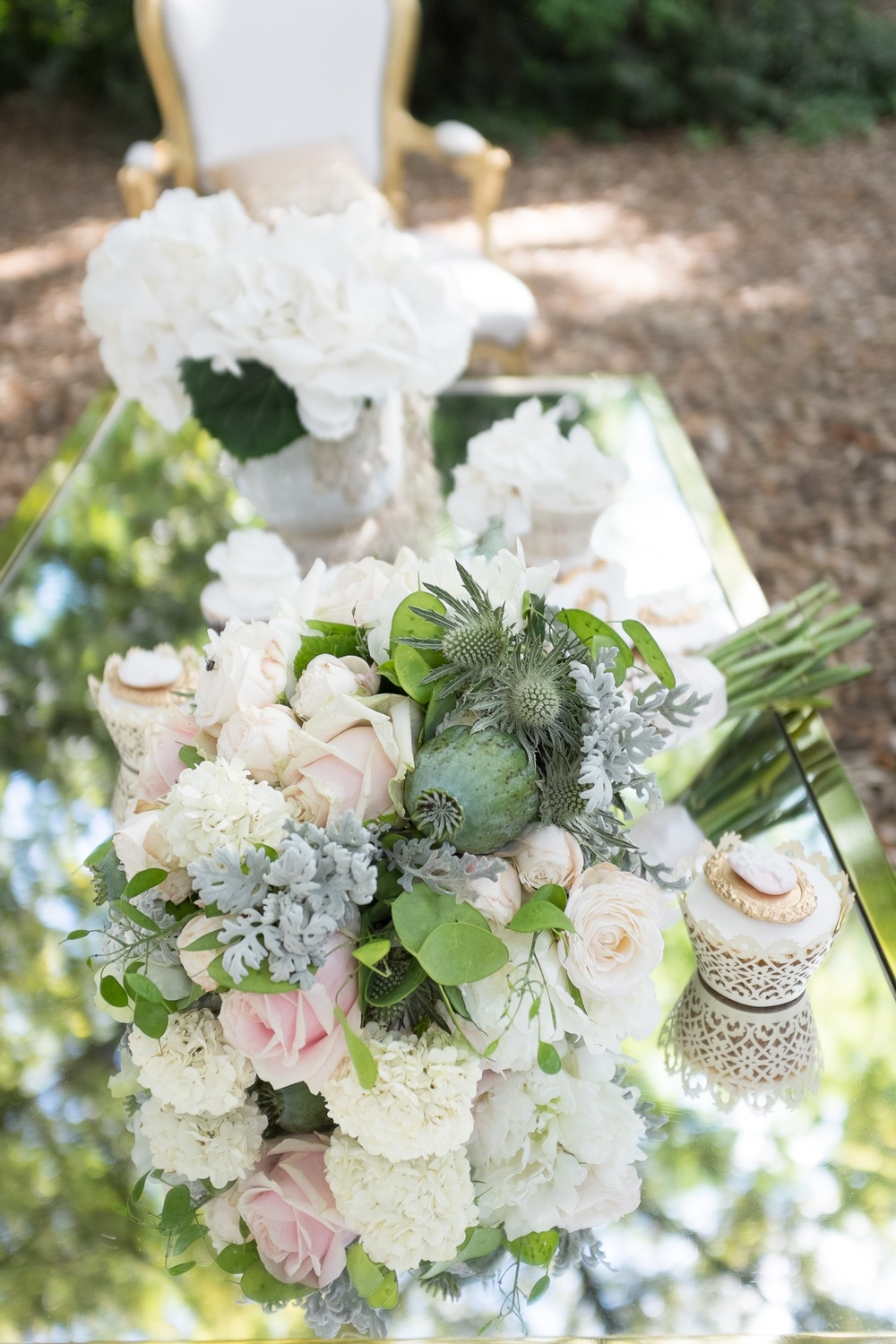 O&S flowers bridal bouquet fulham palace