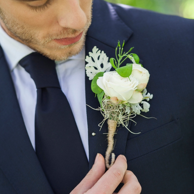 From £7.95 Buttonholes &Corsages £7.95 - £12.95 Depending on detail, size & flowers used