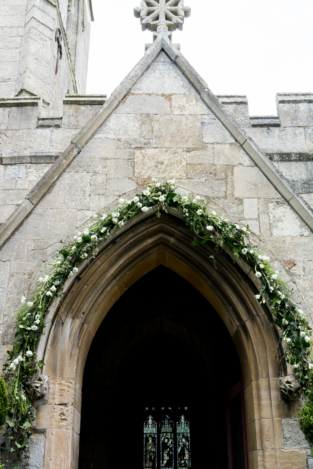From £25 Venue dressing £25 - £1000+  Depending on extent of dressing, intricacy & flowers