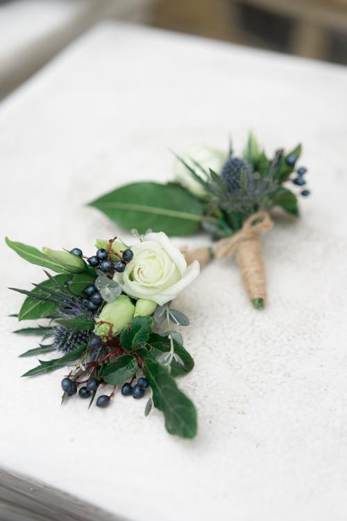 Buttonholes_anna hamer wedding-1.jpg