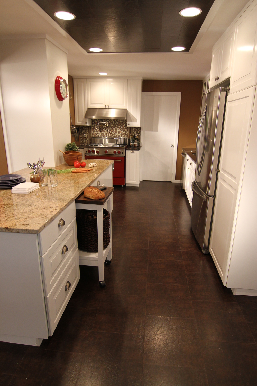 EcoDomo - Mahogany Leather Floor in Kitchen.JPG