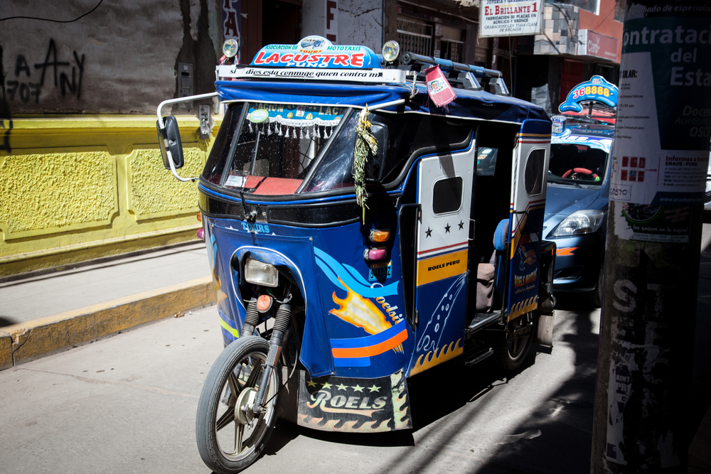 A tricolo or motorcycle rickshaw.  An inexpensive and fun way to get around town.