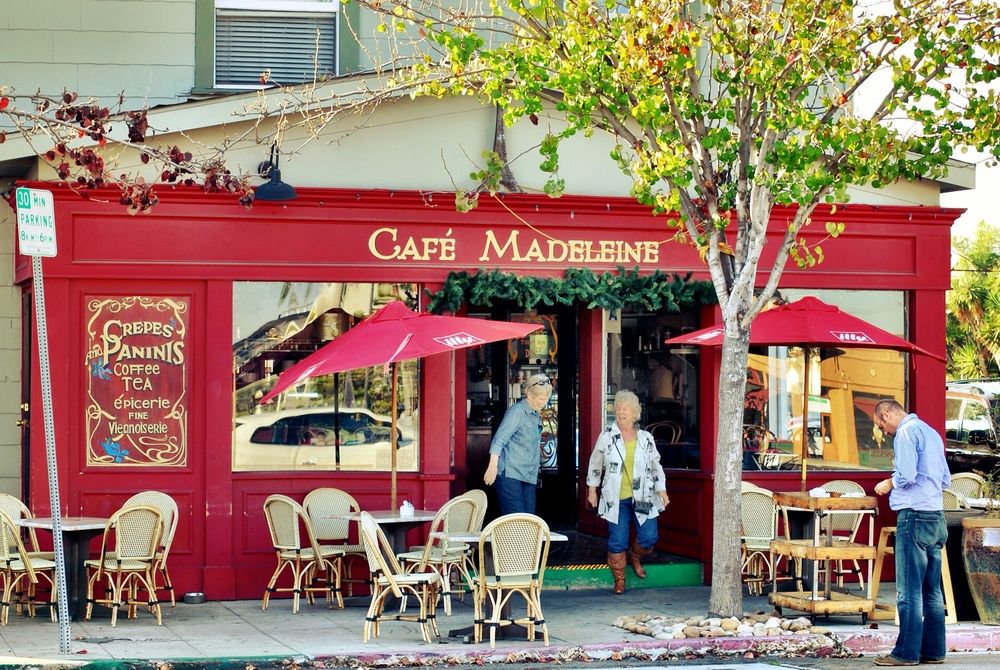 Cafe Madeleine Tree.JPG