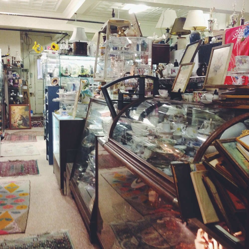 oldtown, alexandria, antique store