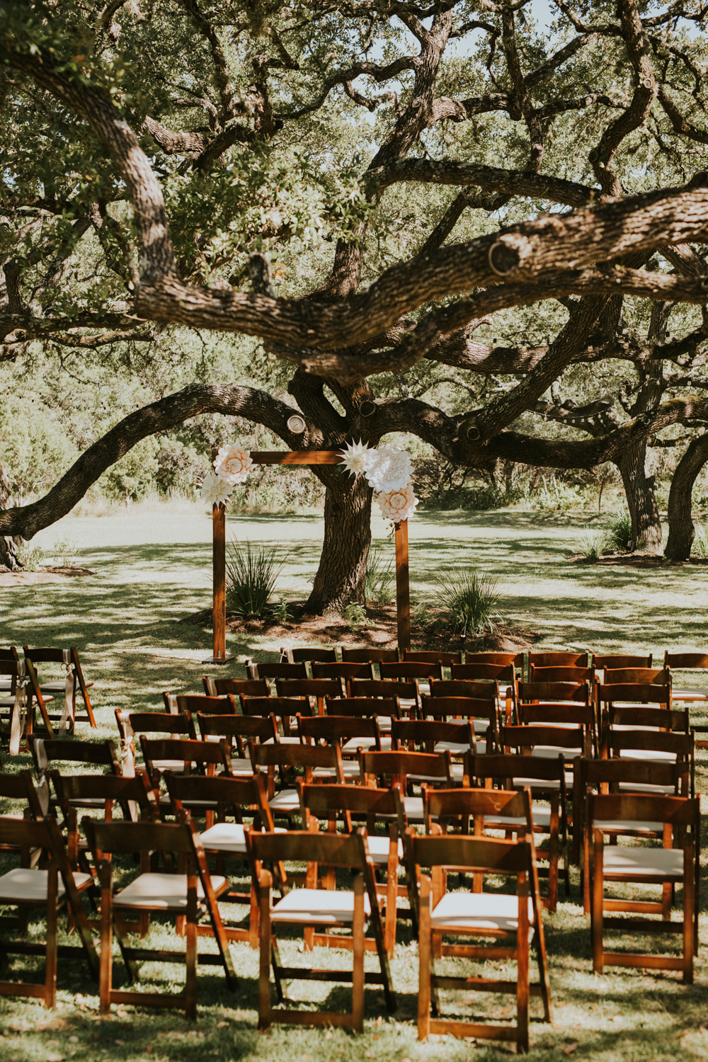 Rustic Ranch Wedding Photography - Diana Ascarrunz Photography - Austin Wedding Photographer-2.jpg