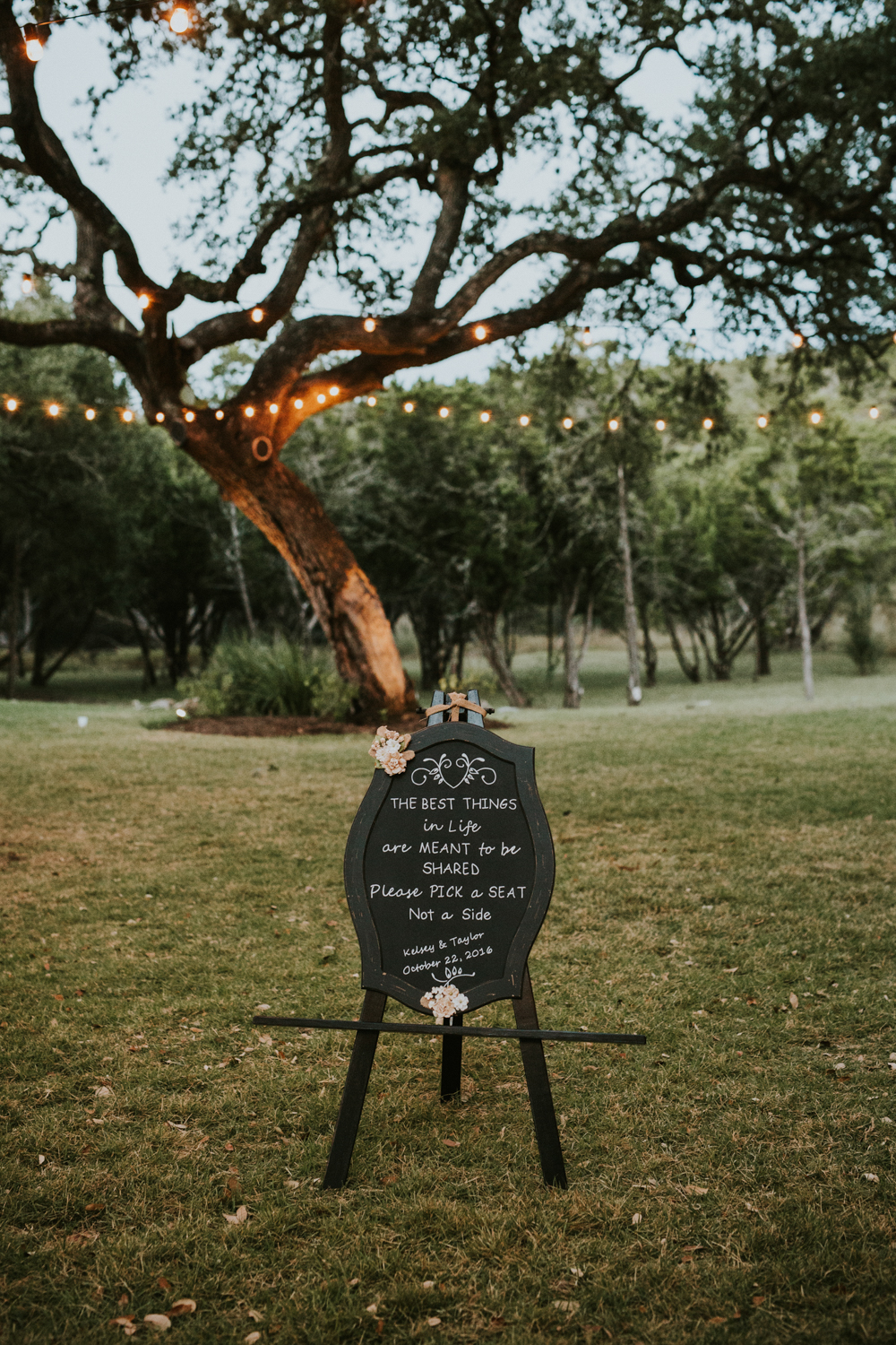 Rustic Ranch Wedding Photography - Diana Ascarrunz Photography - Austin Wedding Photographer-5.jpg