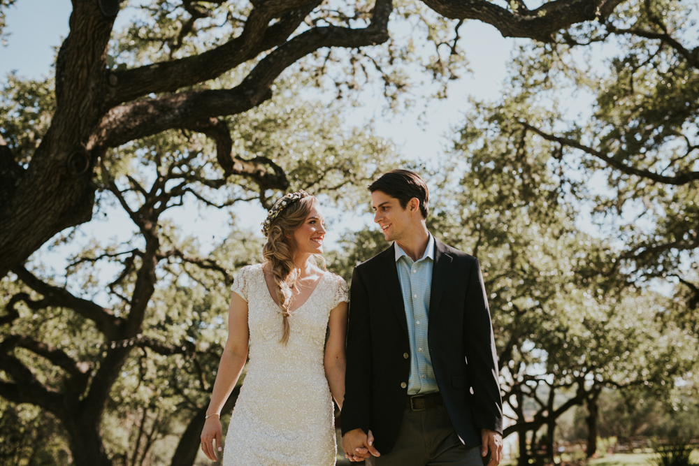 Rustic Ranch Wedding Photography - Diana Ascarrunz Photography - Austin Wedding Photographer-33.jpg