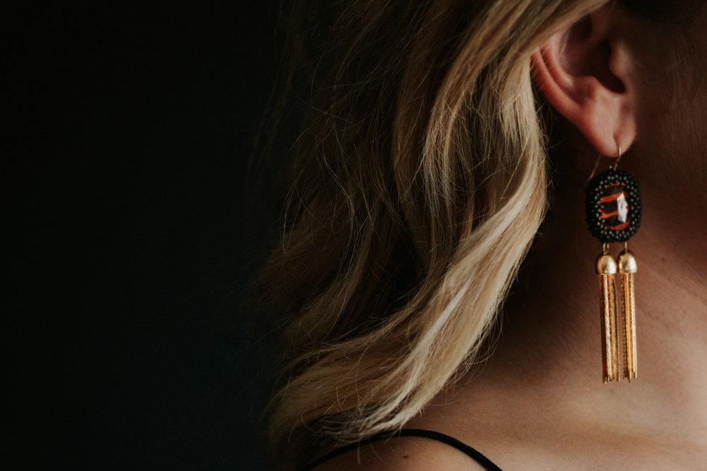 Betty Alida earrings and blonde hair