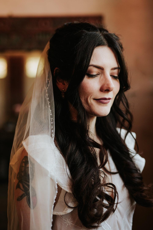 Bride in veil at Chapel Dulcinea