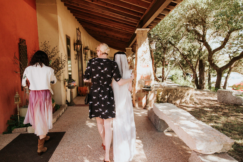 Bride and family at Chapel Dulcinea