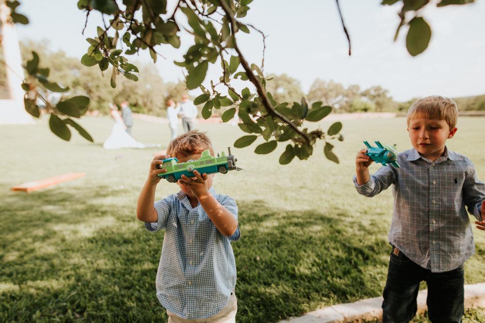 Kids playing at Thurman's Mansion wedding