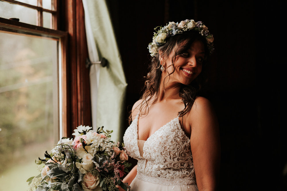 Bride at upstate New York Catskills wedding