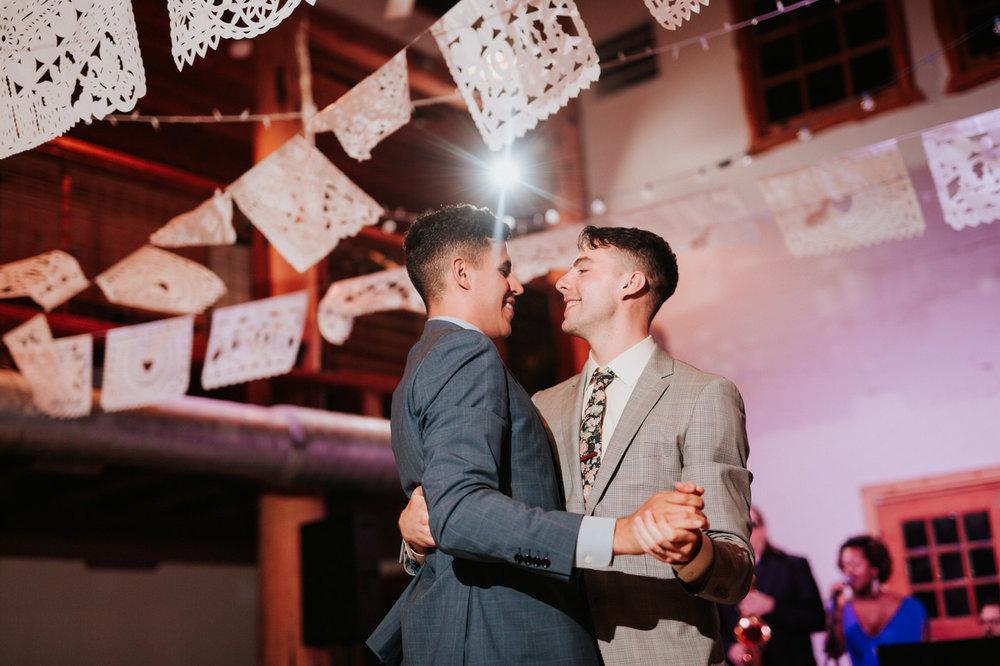 Riverhouse at Pedernales LGBTQ Wedding - Diana Ascarrunz Photography -1276.jpg