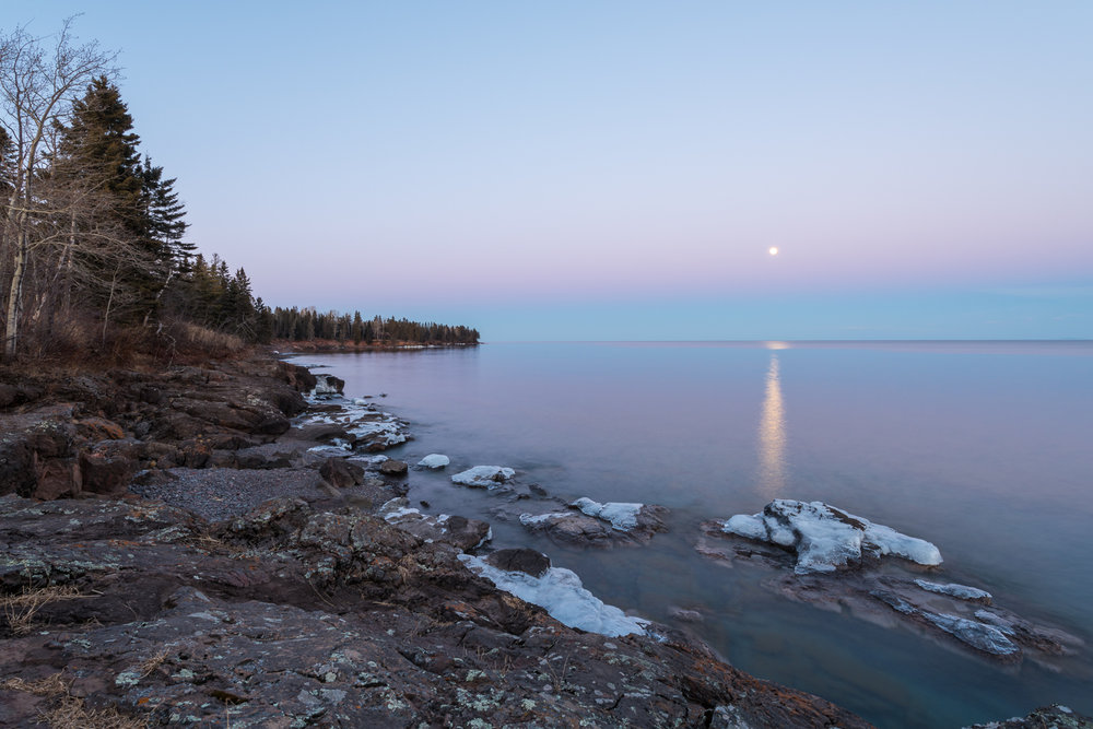 Moonrise on Lake Superior  Nikon D810 + Nikon 16-35mm f/4 VR