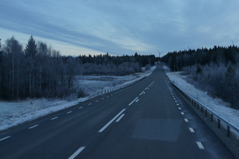 Cruising along the E4 early in the morning. Temperatures fell to -12° that day.