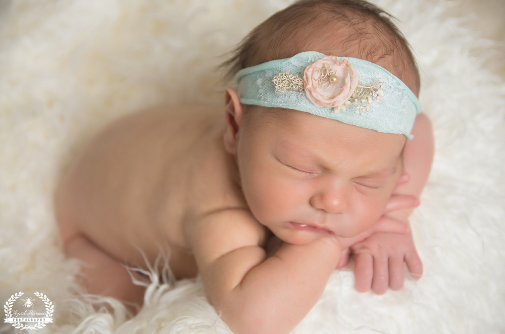 newborn-photography-gardencity-ks-33.jpg