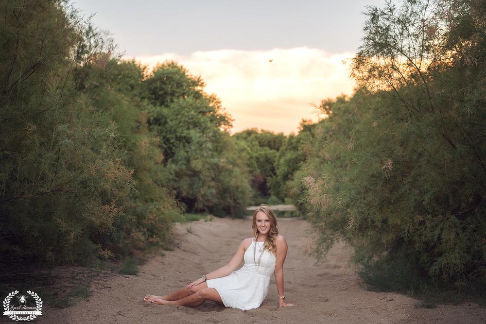 senior-photography-southwestKS-58.jpg