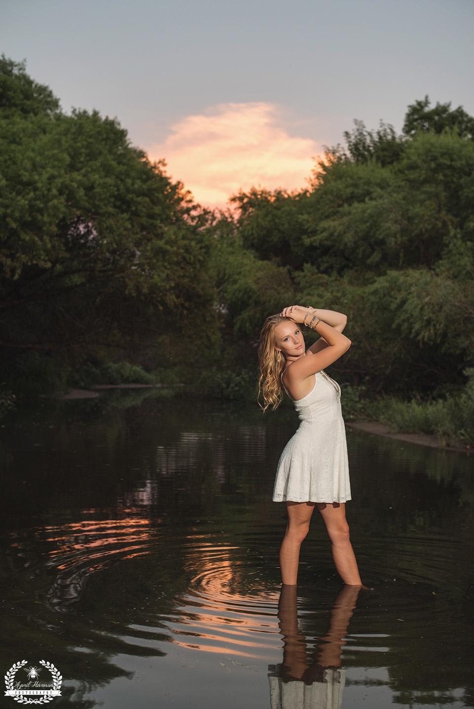 senior-photography-southwestKS-66.jpg