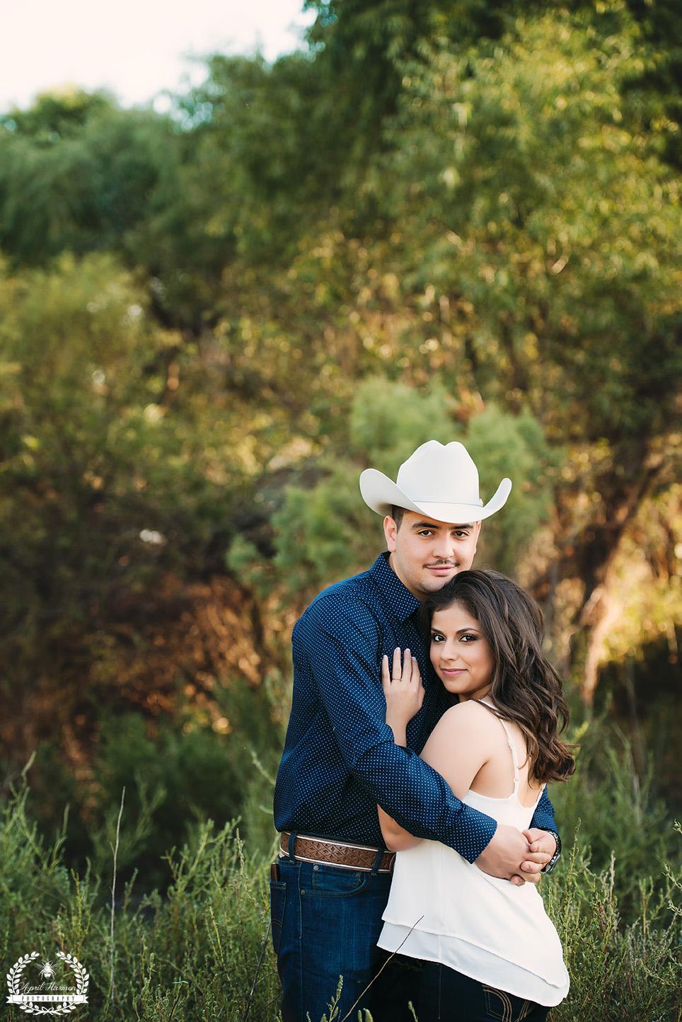 engagement-photography-southwest-ks-6.jpg