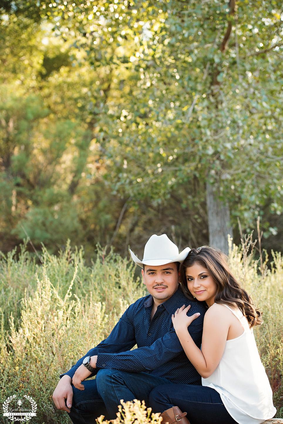 engagement-photography-southwest-ks-5.jpg