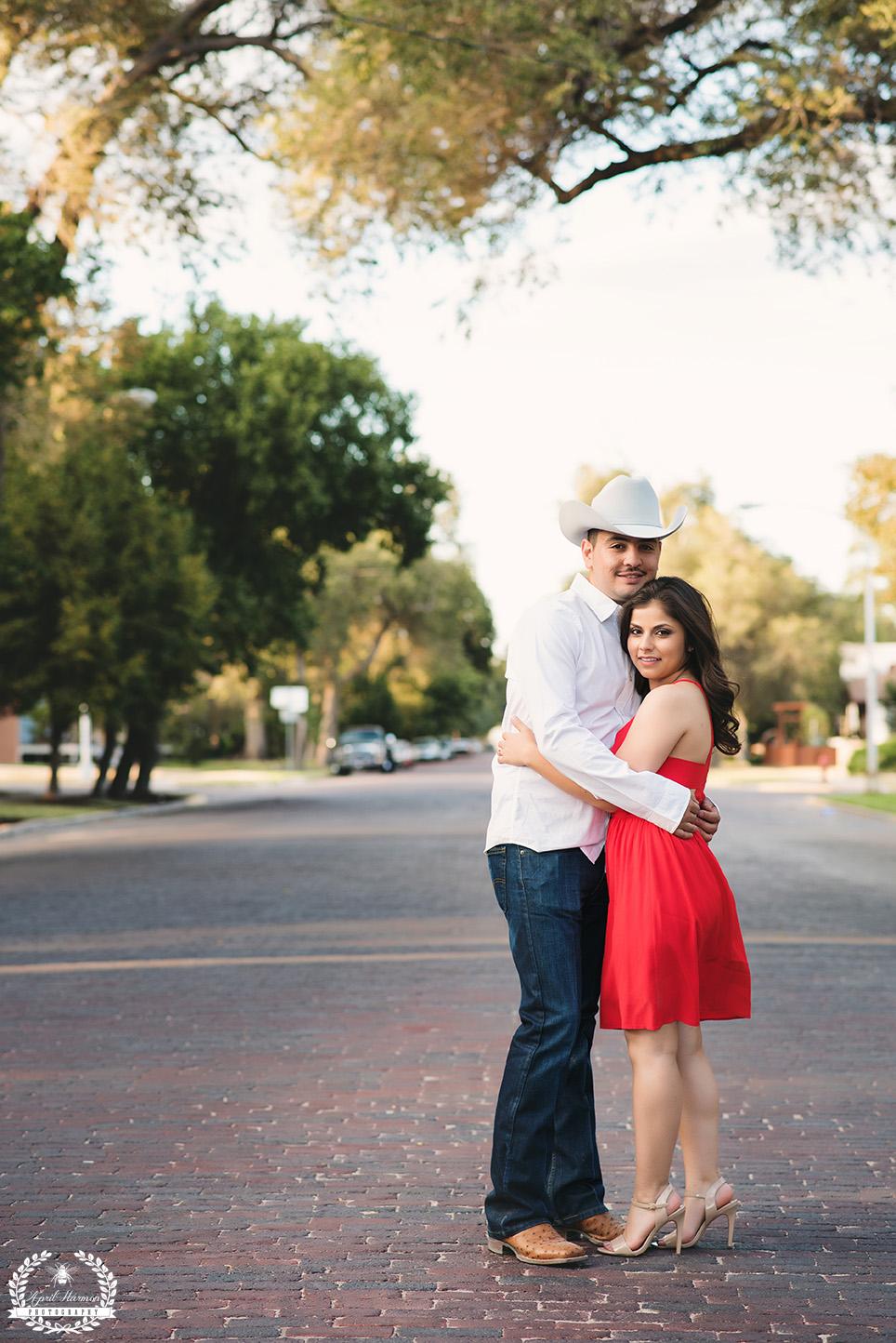 engagement-photography-southwest-ks-19.jpg