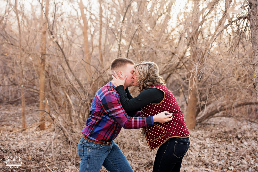 southwest-kansas-engagement-photography6.jpg