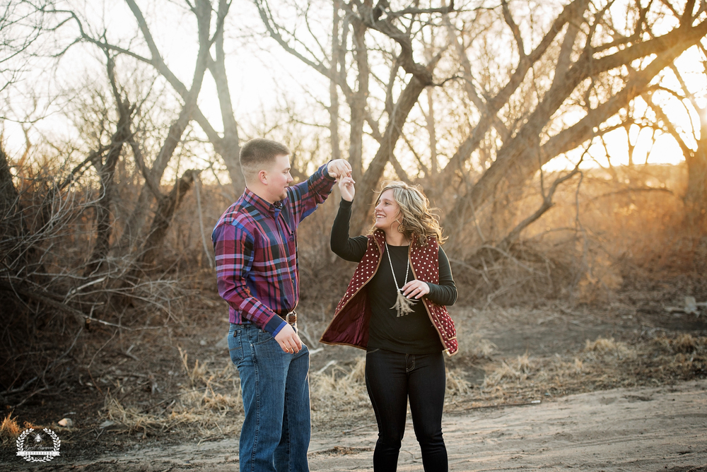 southwest-kansas-engagement-photography23.jpg