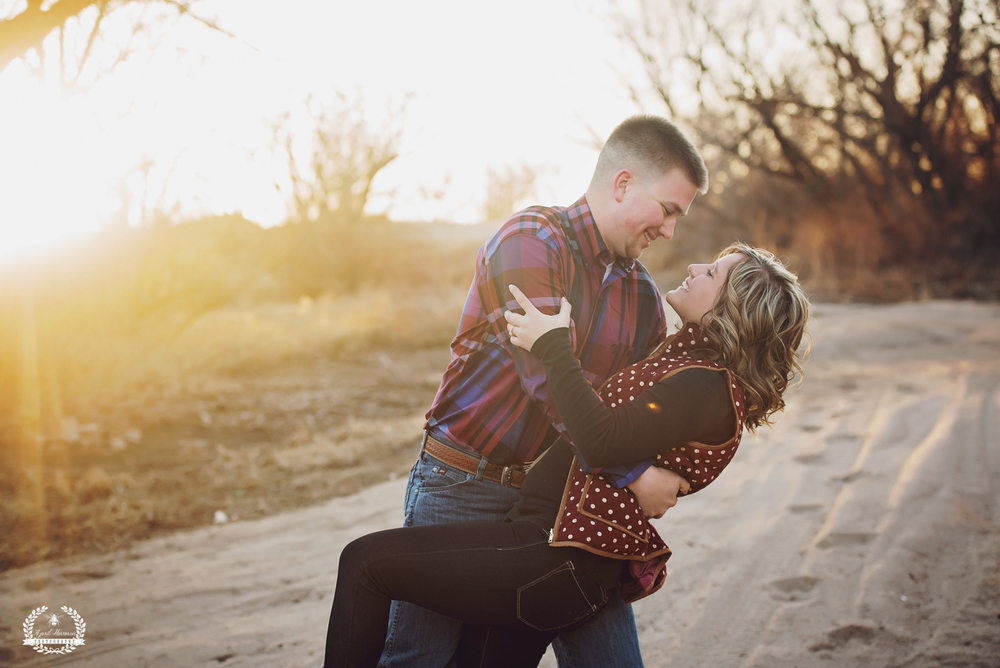 southwest-kansas-engagement-photography25.jpg