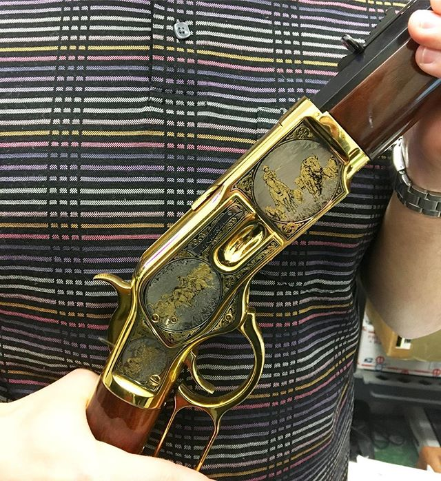 Awesome Uberti! #goldengun #rifle #limitededition #engraved #firearm #collectible #worldpawn