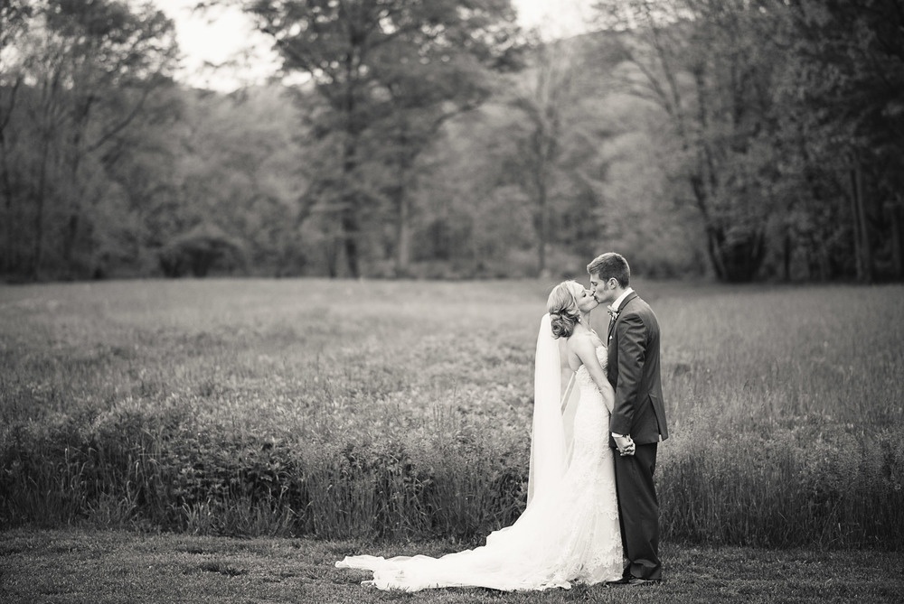 Raritan Inn at Middle Valley Rustic Barn Wedding New Jersey Photo 26