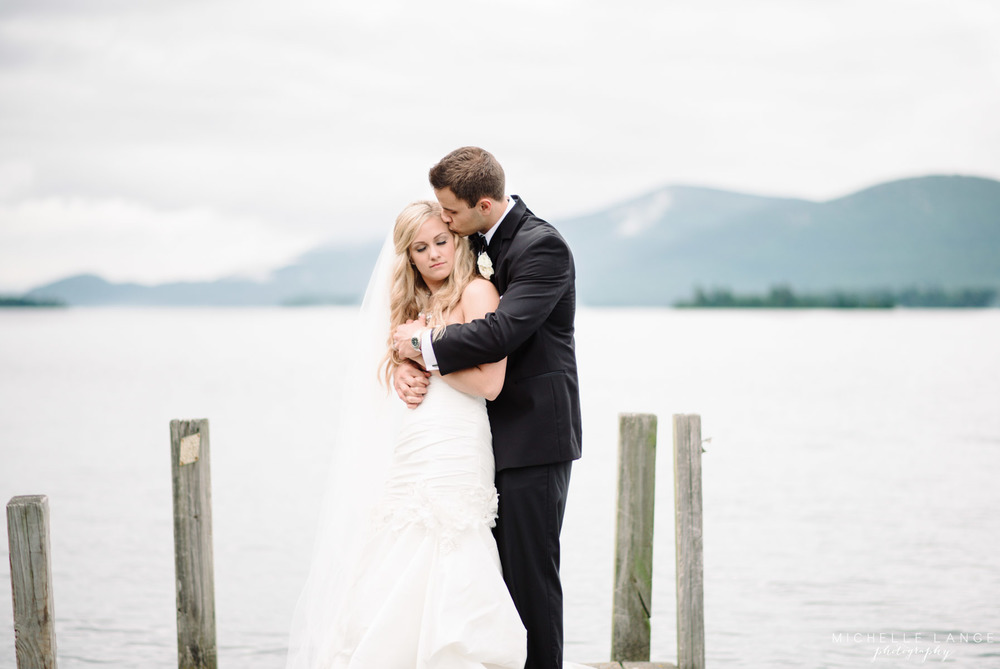 Inn at Erlowest Lake George Coral and Teal Wedding by Michelle Lange Photography 27