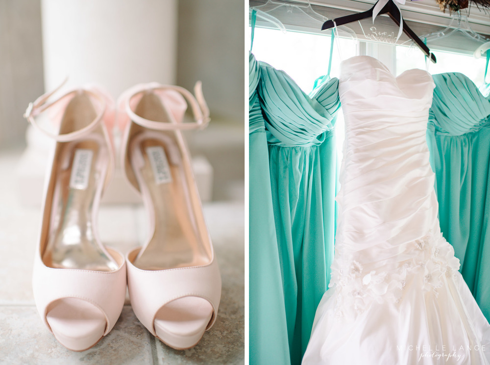 Inn at Erlowest Lake George Coral and Teal Wedding by Michelle Lange Photography 4
