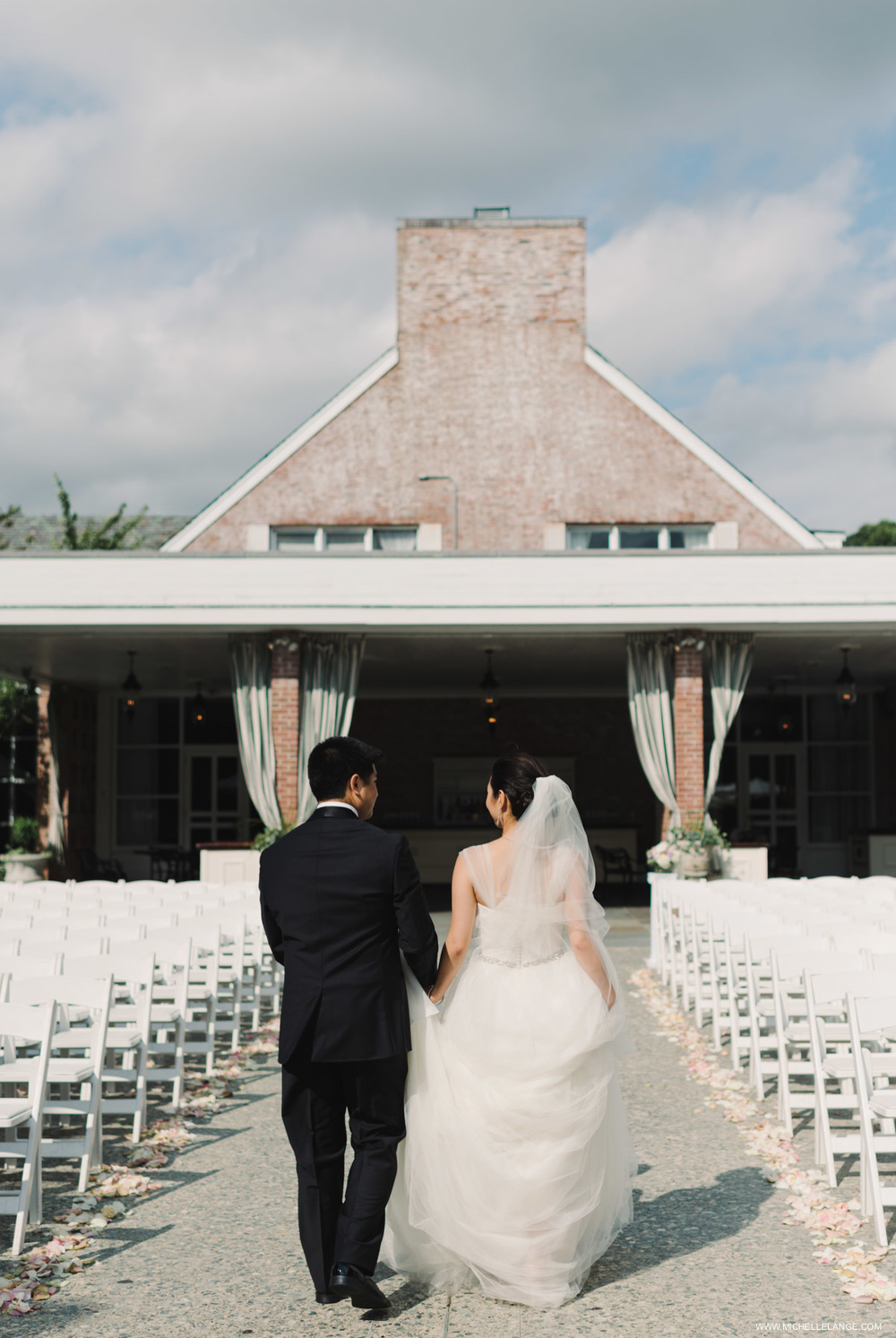 Bride and Groom Ceremony at The Carltun Long Island
