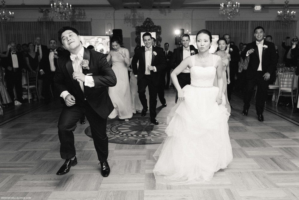 Bride and Groom Dance Moves The Carltun